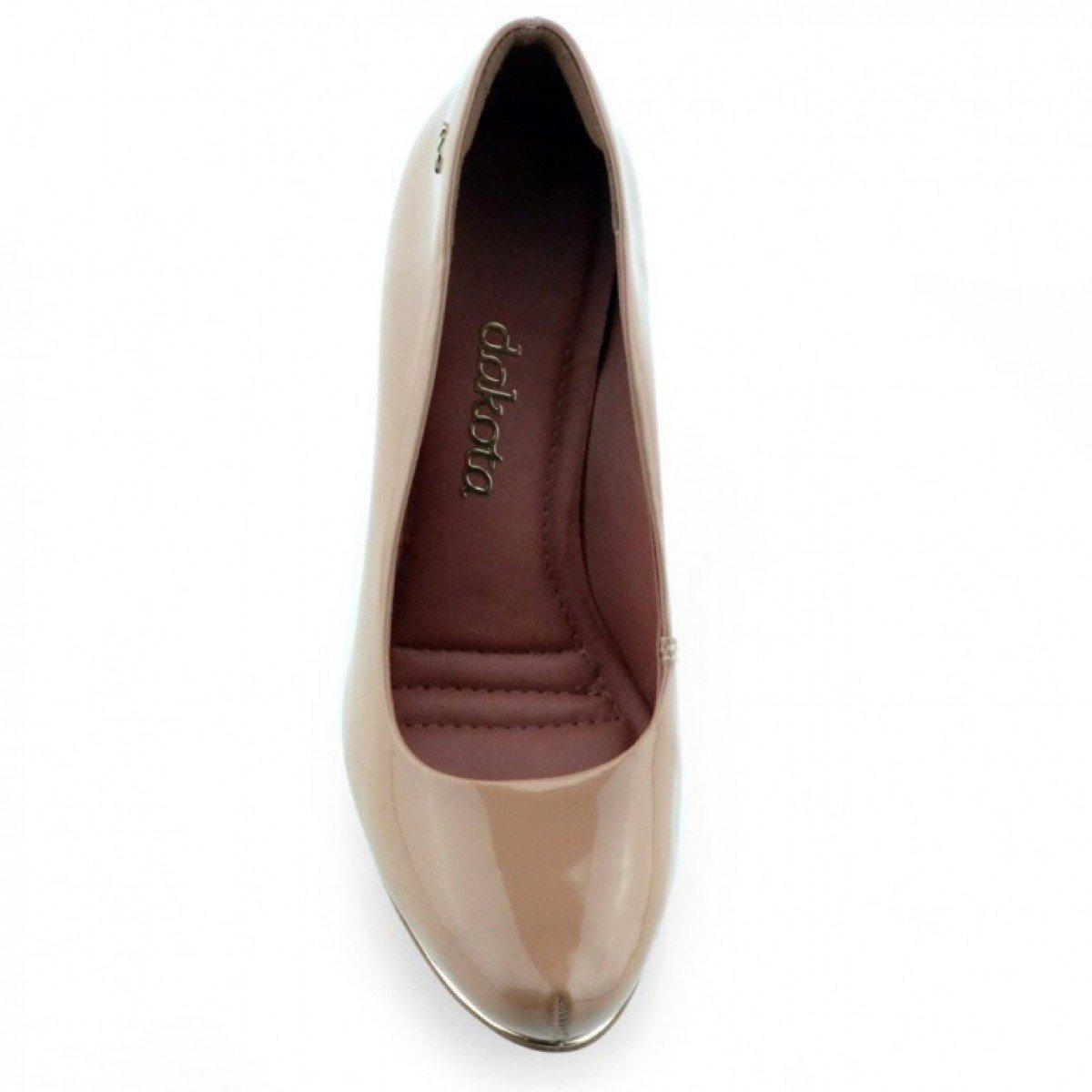 9de90c9a1c Sapato Feminino Dakota Verniz Fontana Pele - Compre Agora