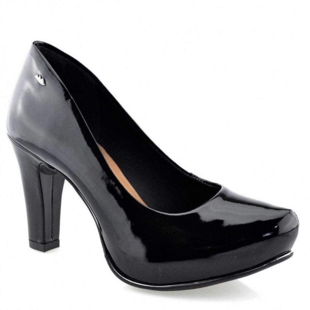8f998e3417 Sapato Feminino Dakota Verniz Fontana Preto - Compre Agora