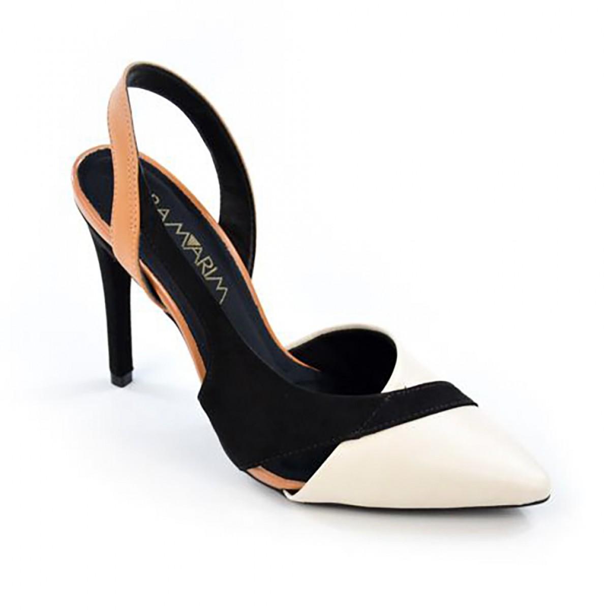 c89a8e5994 Sandália Scarpin Ramarim Chanel Preto Branco e Bege - Compre Agora ...