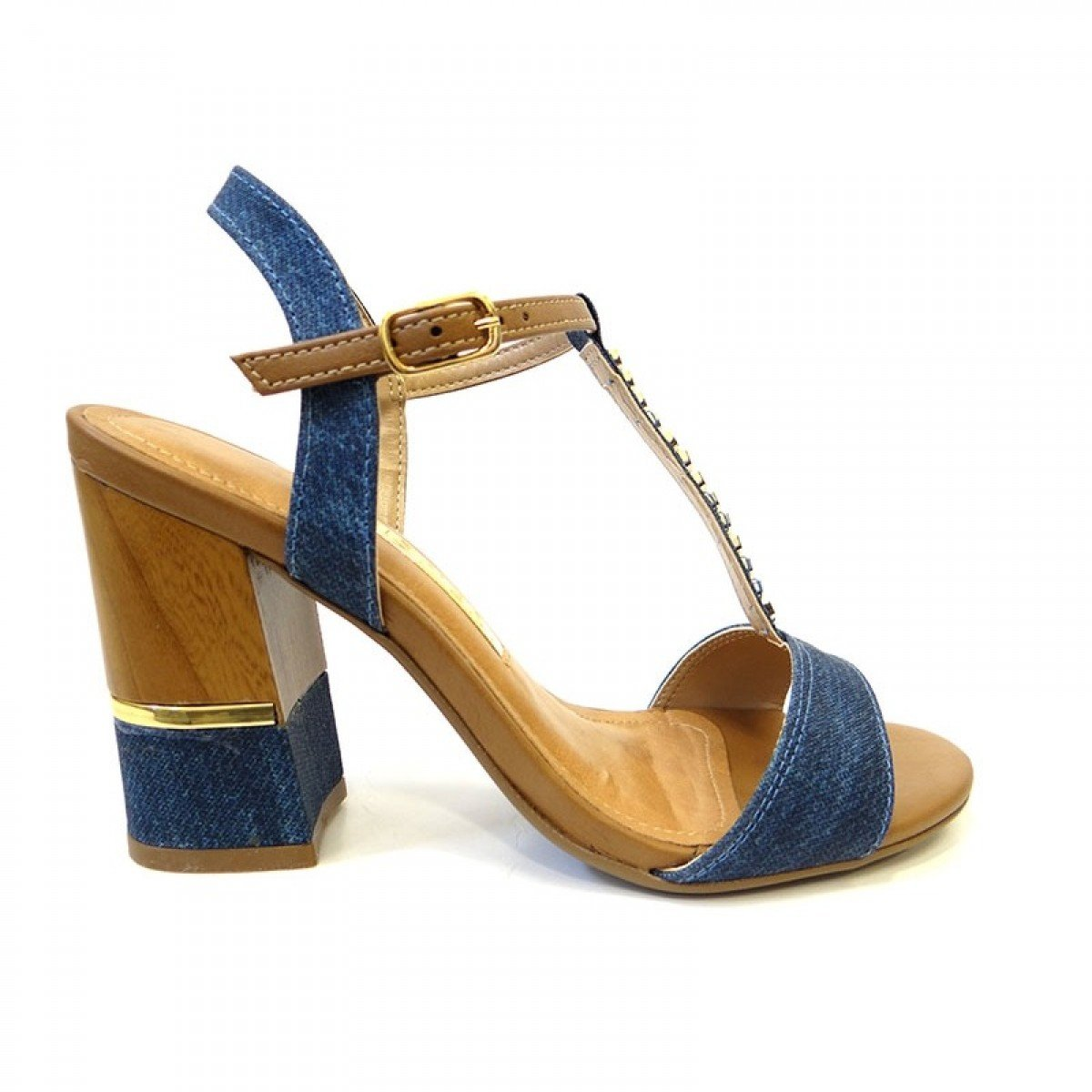 dd07a4b1f Sandália Feminina Via Marte Salto Grosso Jeans Napa - Compre Agora ...