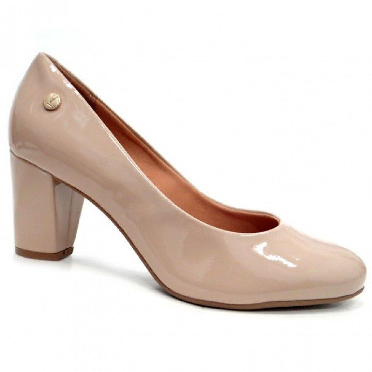 461e43aaba Sapato Feminino Vizzano Verniz Cristal Brilho Bege - Compre Agora