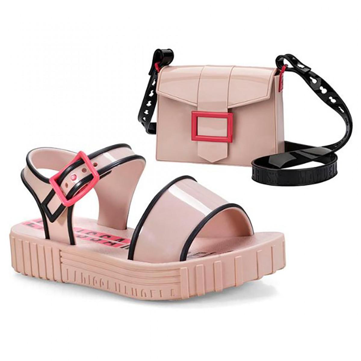 7b71870bfeb06 Sandália Larissa Manoela Fashion Grendene Infantil Rosa - Compre ...