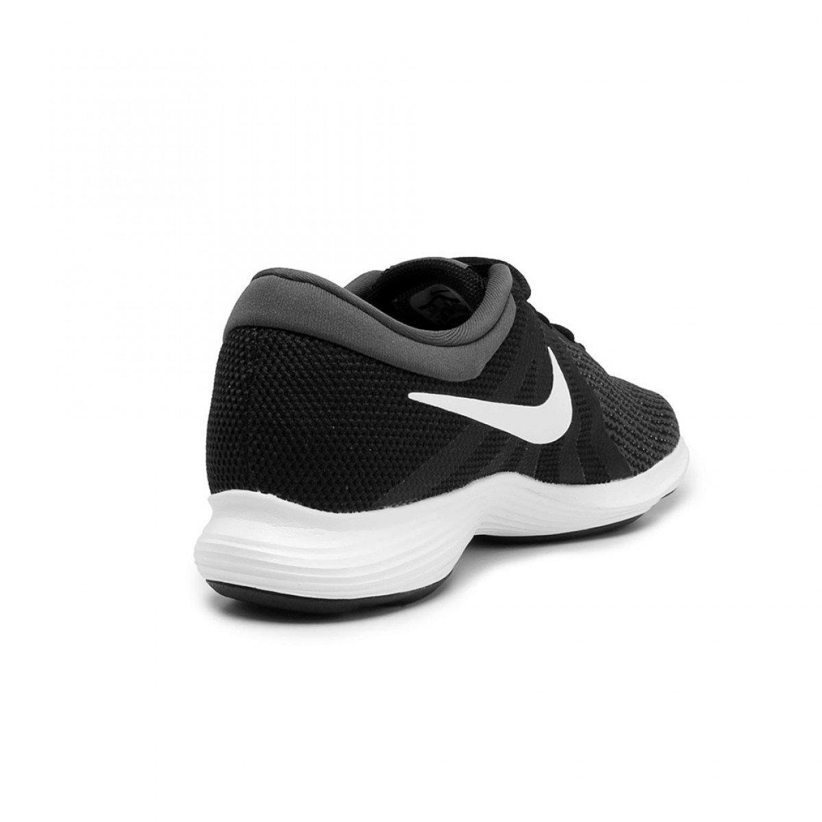 76ace2a423d Tênis Nike Revolution 4 Preto e Branco Masculino - Compre Agora ...